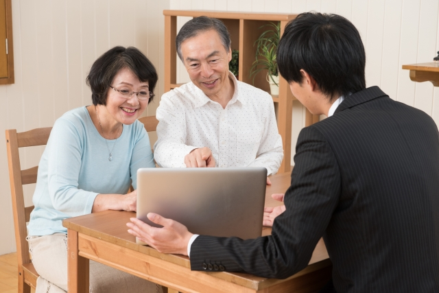 親族後見人(保佐人・補佐人)に監督人等が関与する場合について(成年後見に関するお問い合わせと回答事例)